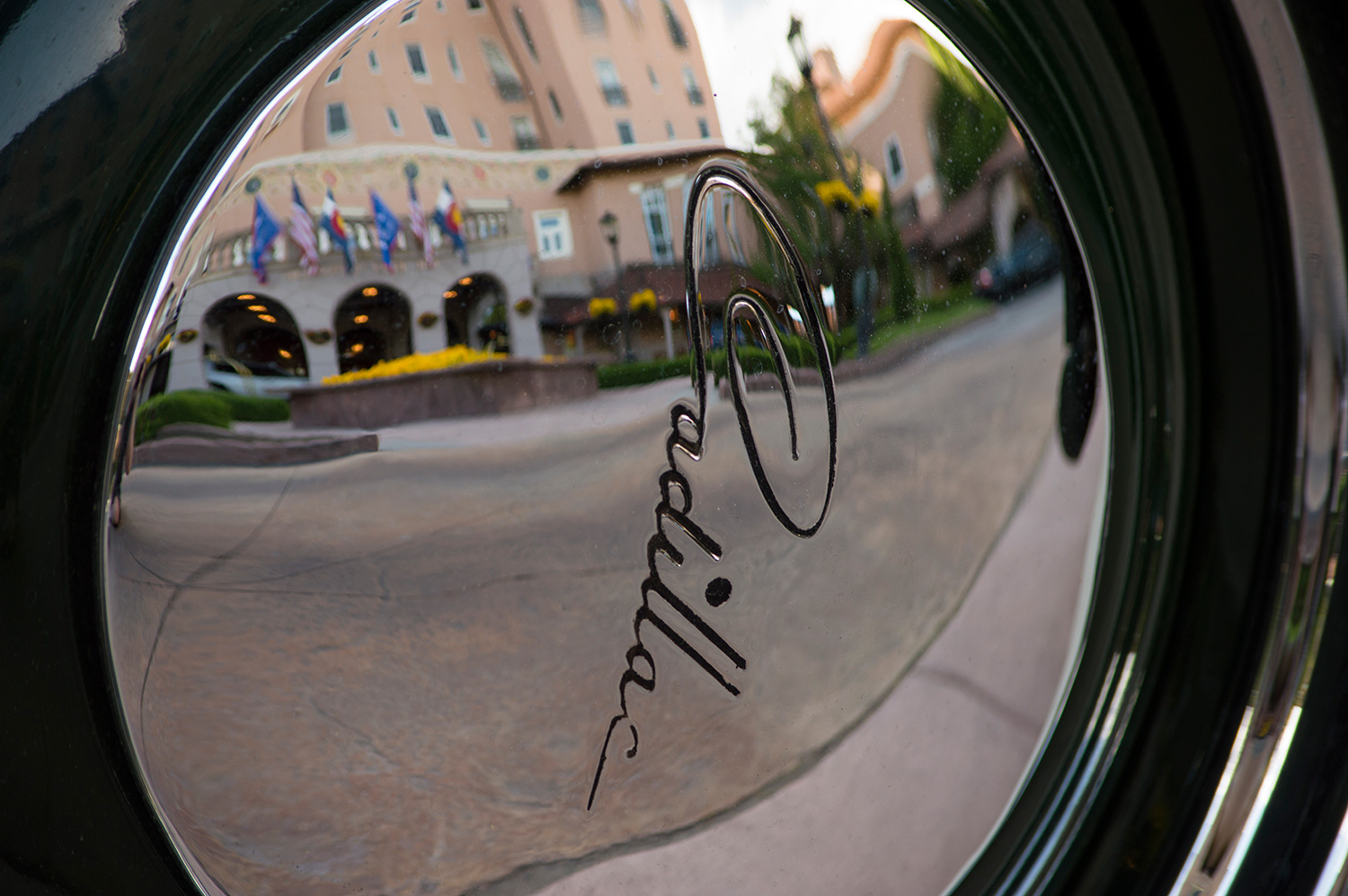 You are currently viewing Broadmoor Hotel